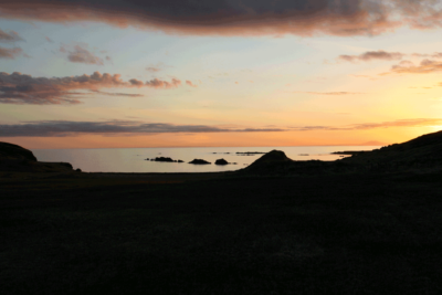 Midnight sun and golfing in Iceland
